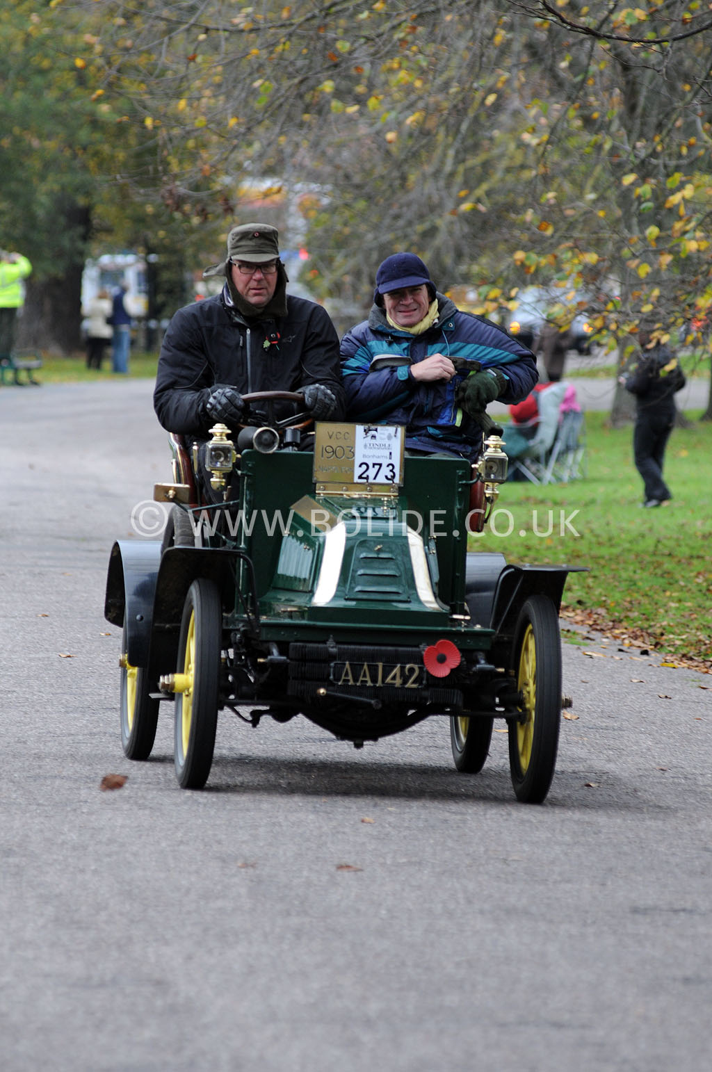 2011-london-to-brighton-veteran-car-run-9206