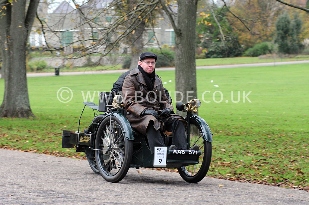 2011-london-to-brighton-veteran-car-run-9210
