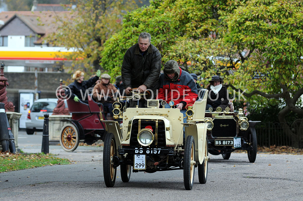2011-london-to-brighton-veteran-car-run-9242