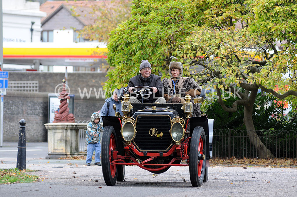 2011-london-to-brighton-veteran-car-run-9259