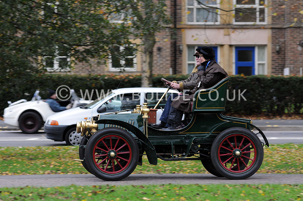 2011-london-to-brighton-veteran-car-run-9271