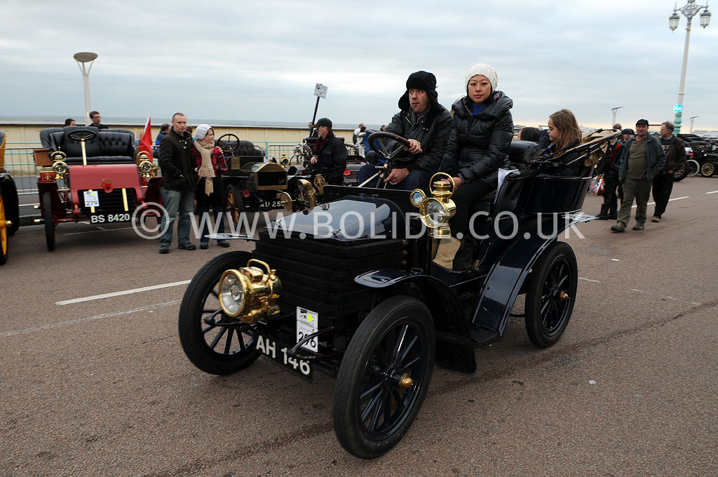2011-london-to-brighton-veteran-car-run-9288