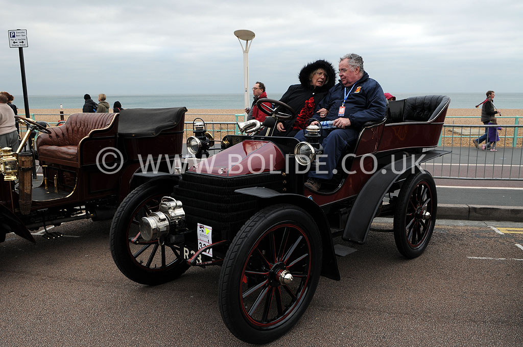 2011-london-to-brighton-veteran-car-run-9299