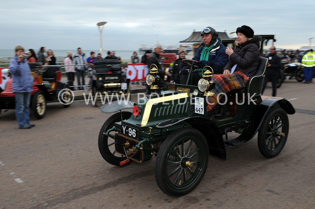 2011-london-to-brighton-veteran-car-run-9302