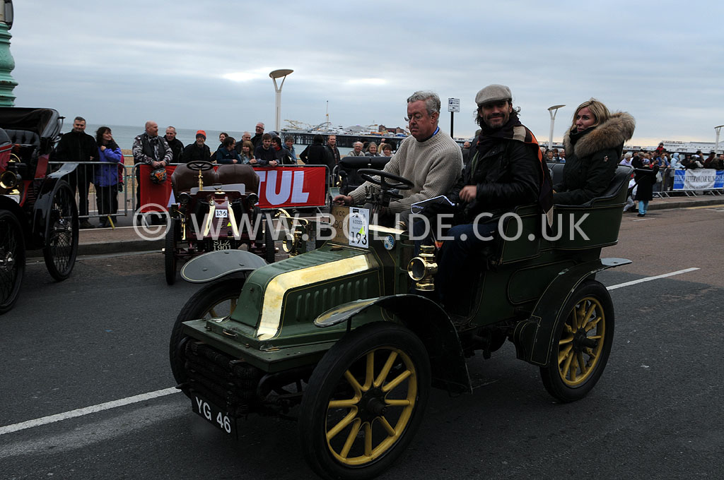 2011-london-to-brighton-veteran-car-run-9304