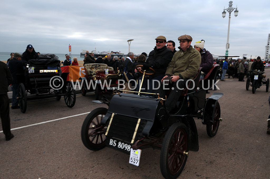 2011-london-to-brighton-veteran-car-run-9307