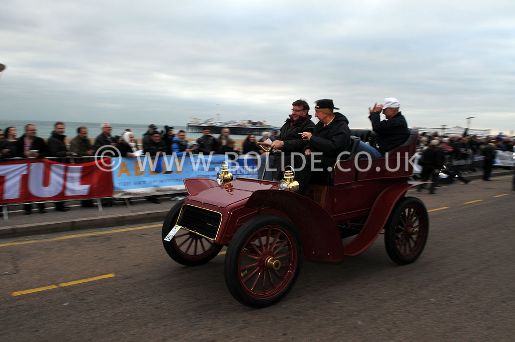 2011-london-to-brighton-veteran-car-run-9308