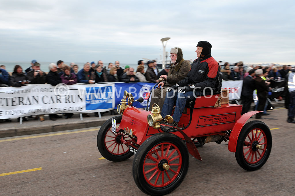 2011-london-to-brighton-veteran-car-run-9309