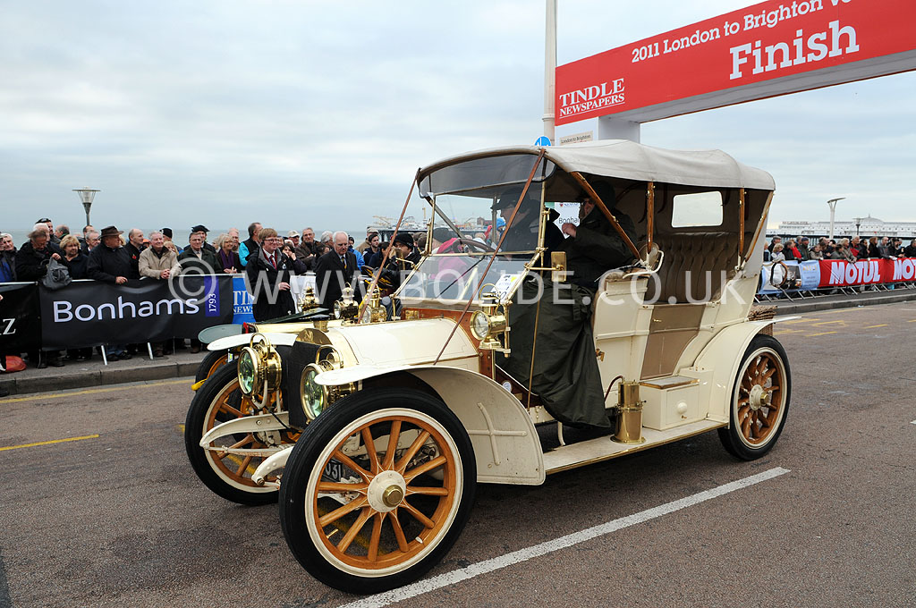 2011-london-to-brighton-veteran-car-run-9313