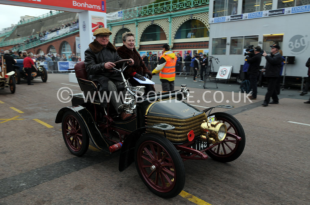 2011-london-to-brighton-veteran-car-run-9320