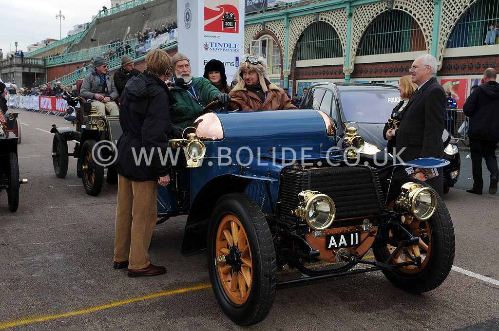 2011-london-to-brighton-veteran-car-run-9322