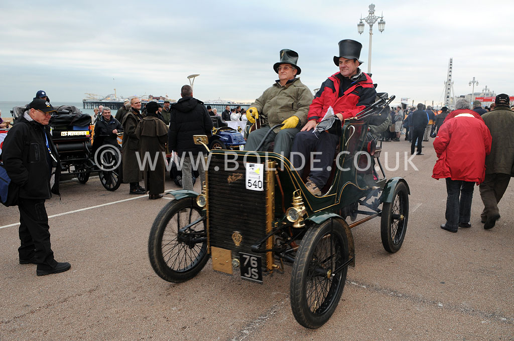 2011-london-to-brighton-veteran-car-run-9331