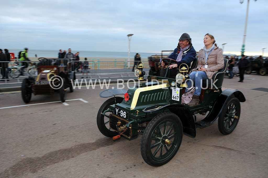 2011-london-to-brighton-veteran-car-run-9373