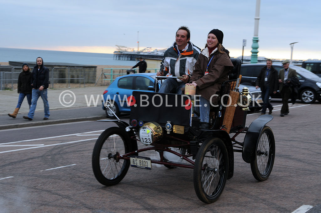 2011-london-to-brighton-veteran-car-run-9378