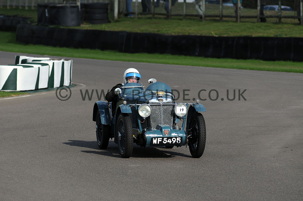 2011-vscc-goodwood-sprint-7075
