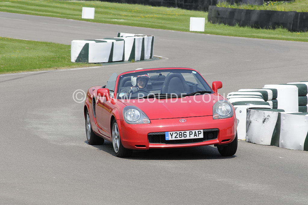 2012-christopher-darwin-trackday-goodwood-dsc7777