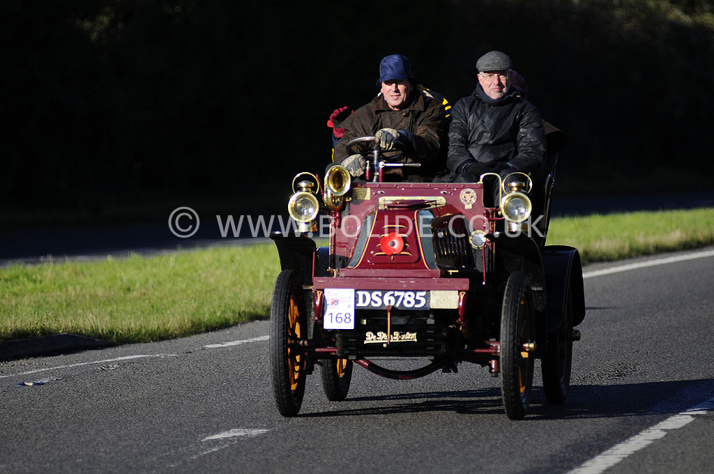 2012-london-to-brighton-veteran-car-run-0827