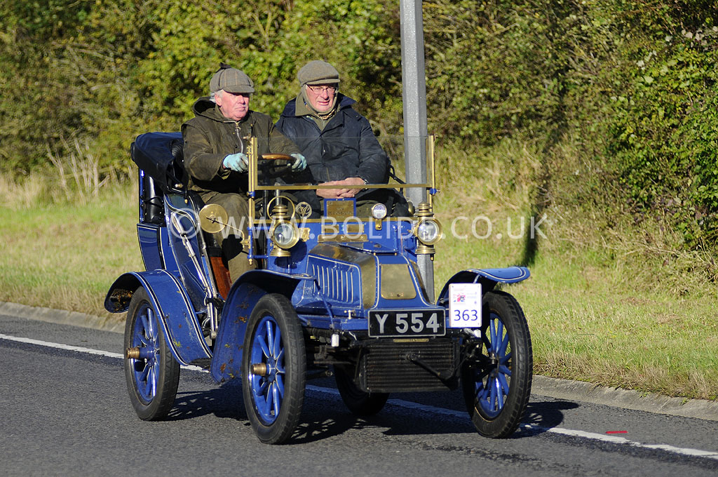 2012-london-to-brighton-veteran-car-run-0829