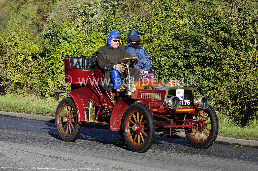 2012-london-to-brighton-veteran-car-run-0900
