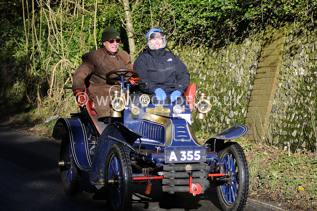 2012-london-to-brighton-veteran-car-run-1027