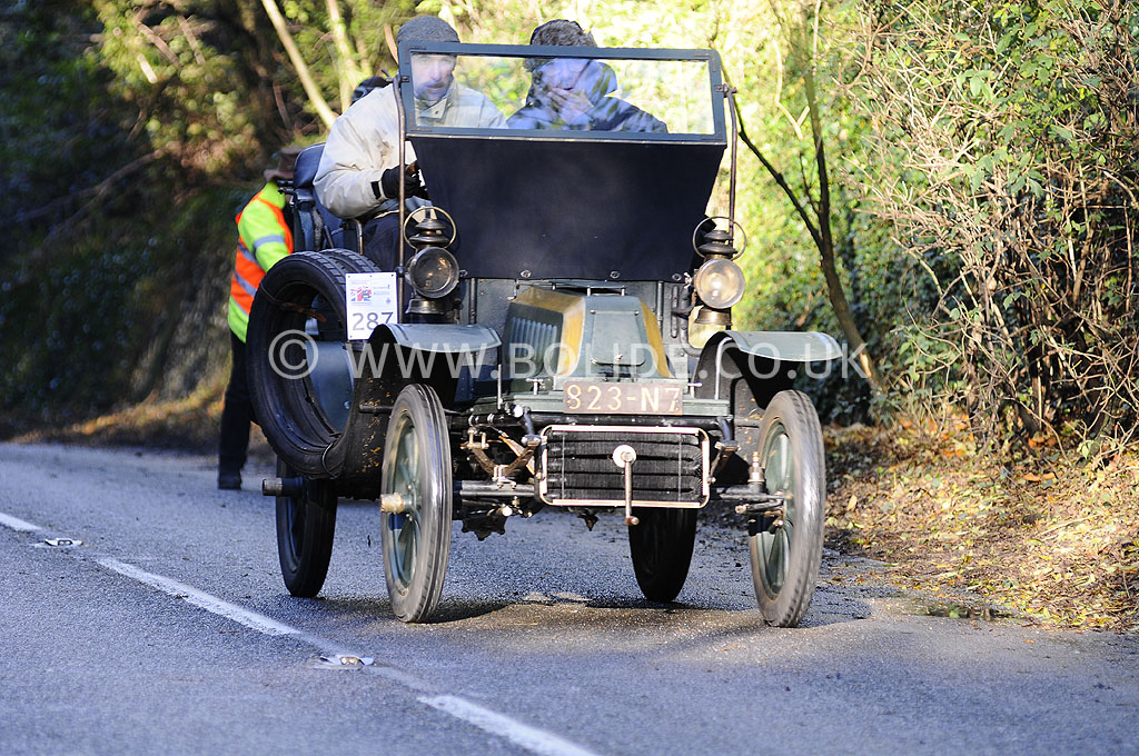 2012-london-to-brighton-veteran-car-run-1050