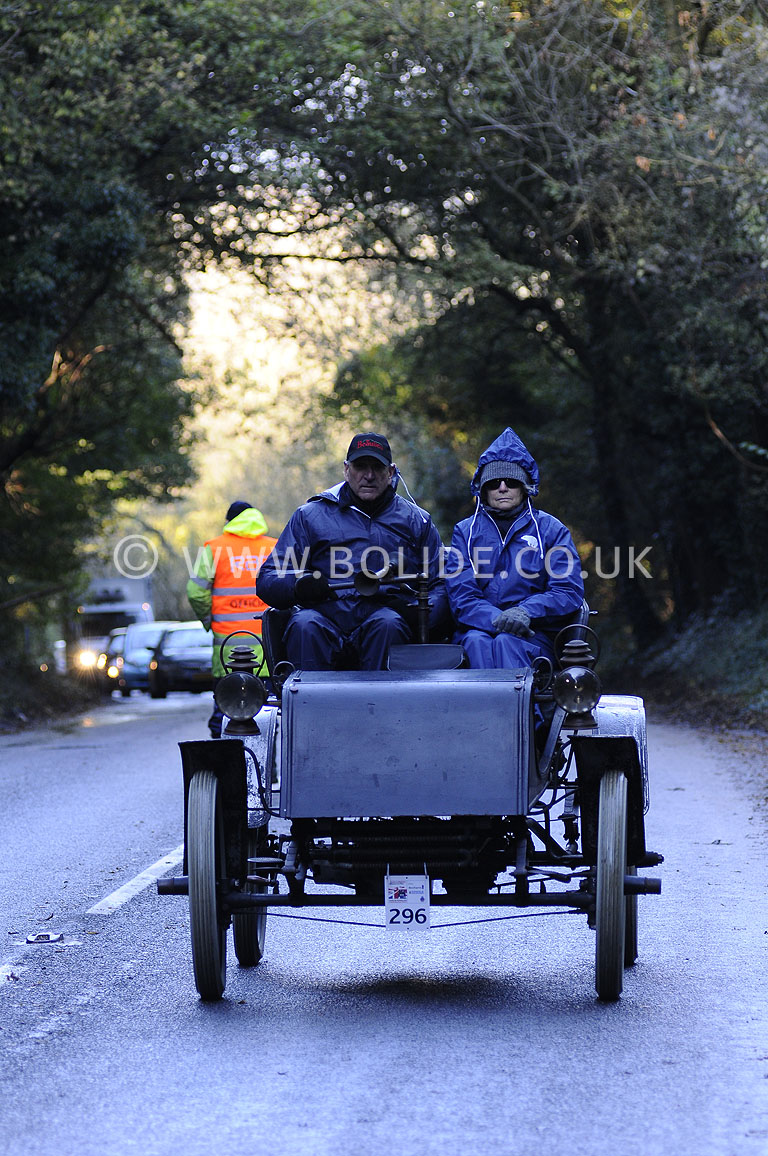 2012-london-to-brighton-veteran-car-run-1155