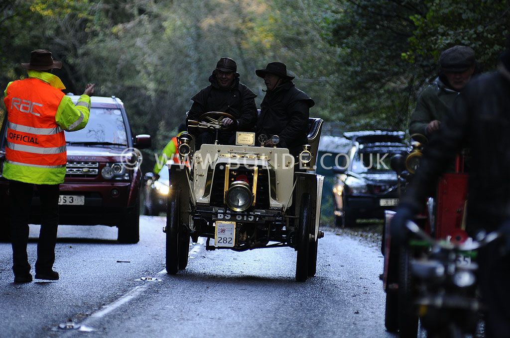 2012-london-to-brighton-veteran-car-run-1353
