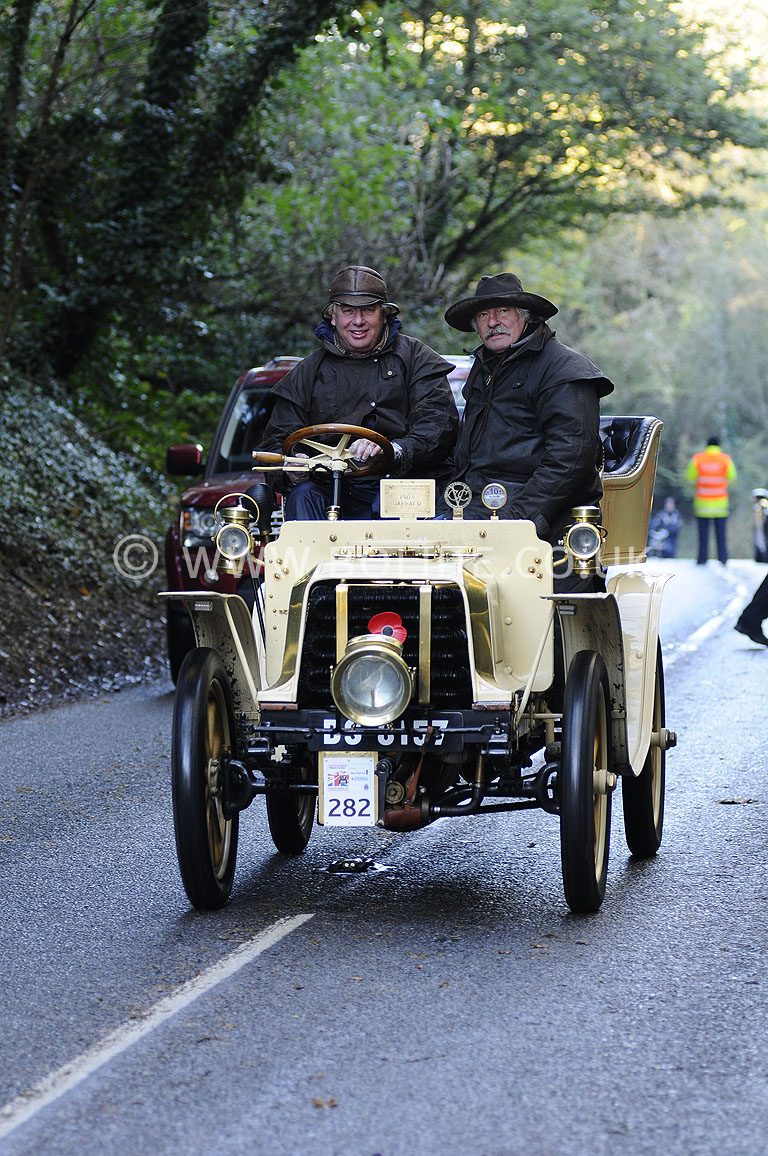 2012-london-to-brighton-veteran-car-run-1357