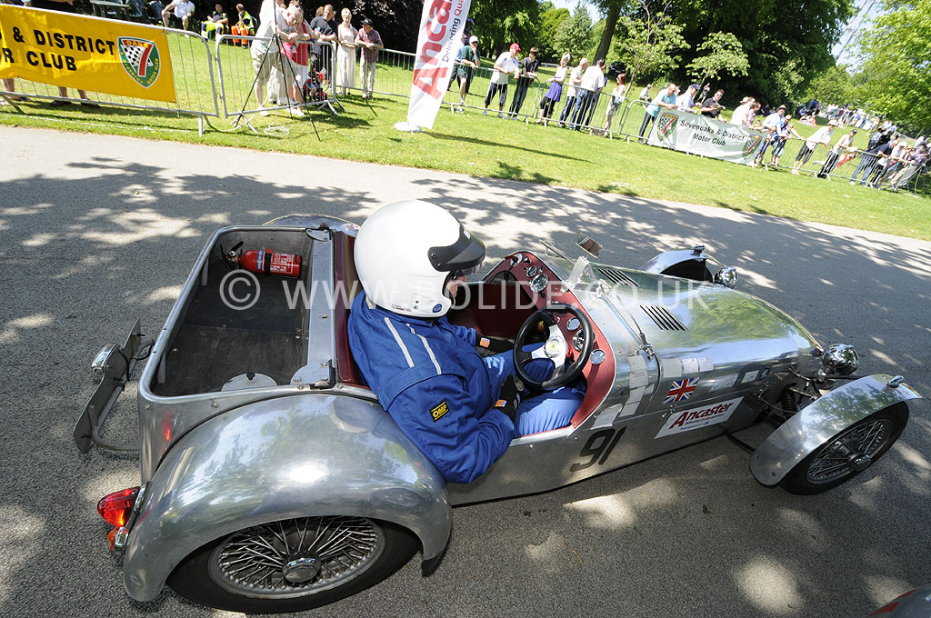 2012-motorsport-at-the-palace-day-2-6844