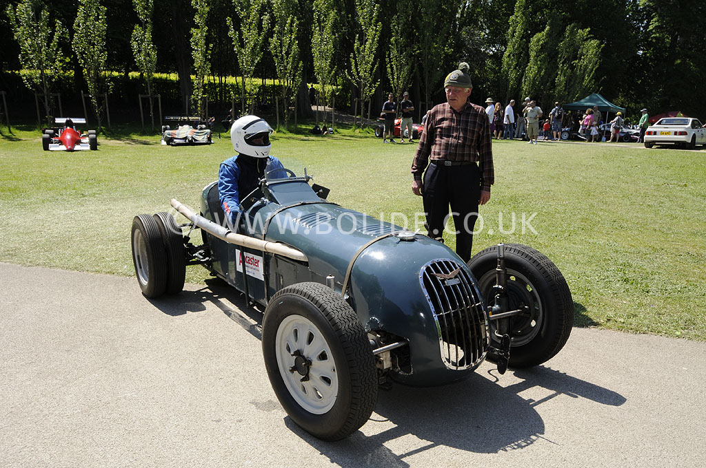 2012-motorsport-at-the-palace-day-2-6875
