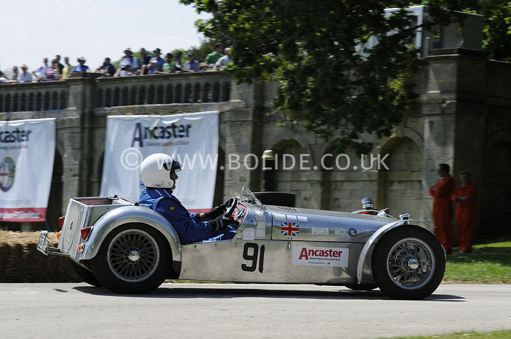 2012-motorsport-at-the-palace-day-2-7176