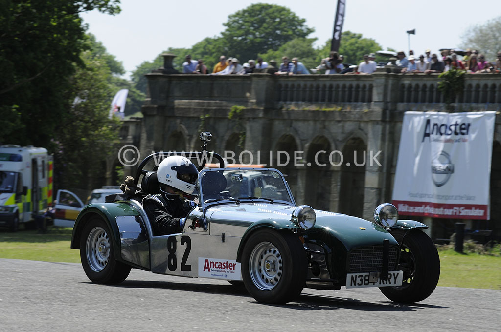 2012-motorsport-at-the-palace-day-2-7198