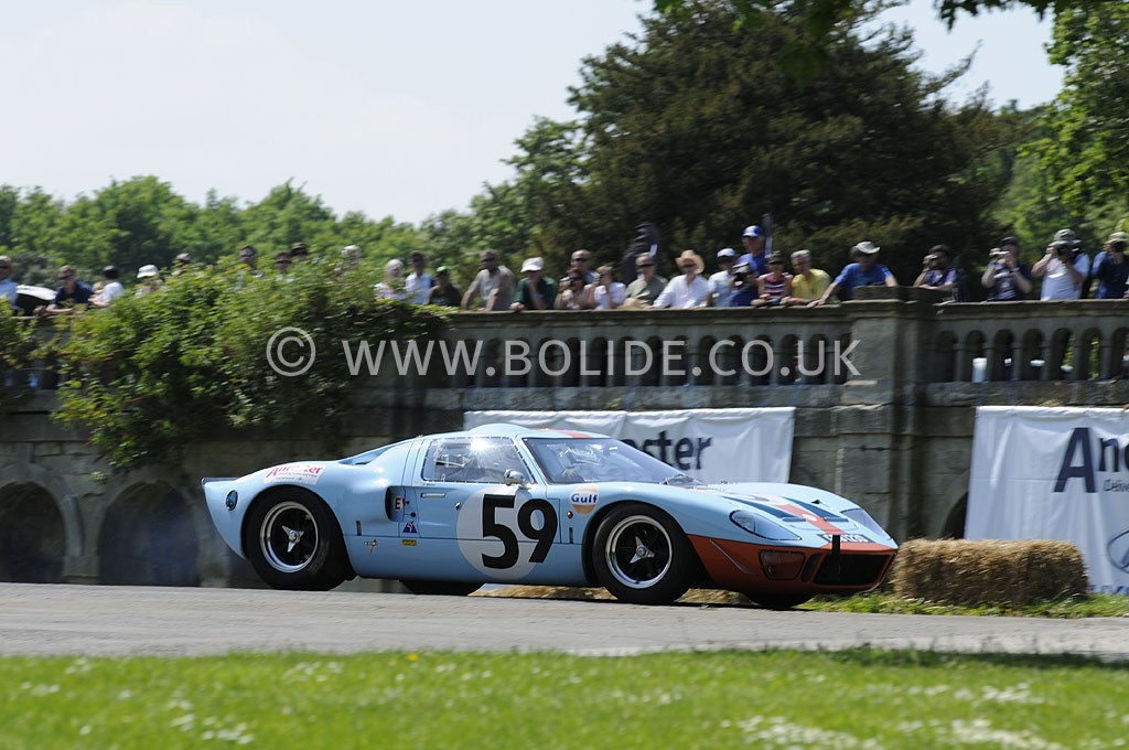 2012-motorsport-at-the-palace-day-2-7283
