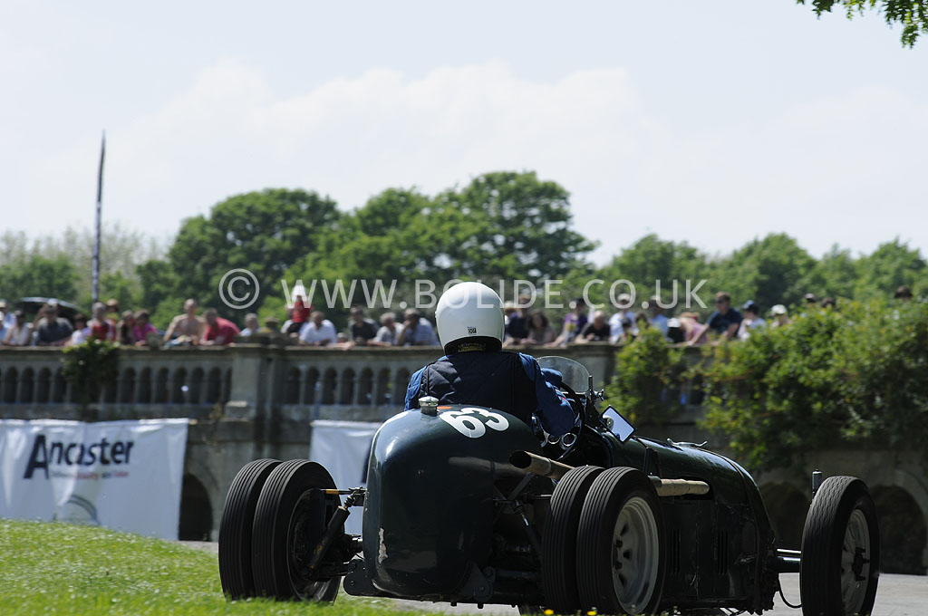 2012-motorsport-at-the-palace-day-2-7290