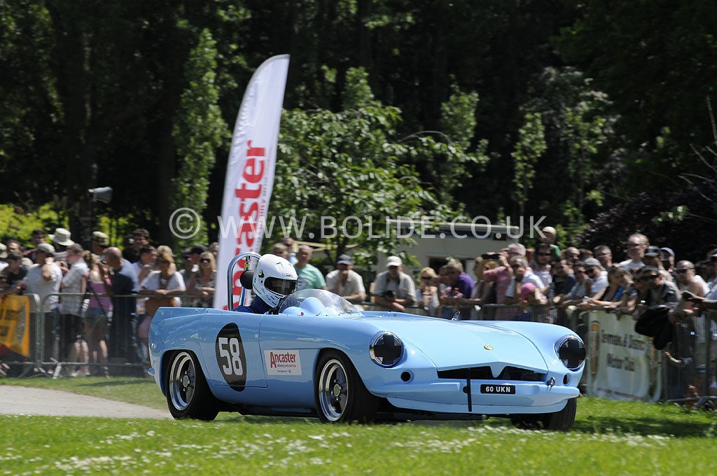 2012-motorsport-at-the-palace-day-2-7297