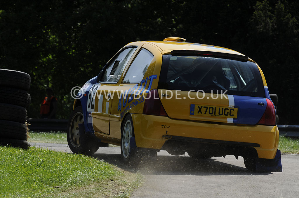 2012-motorsport-at-the-palace-day-2-7359