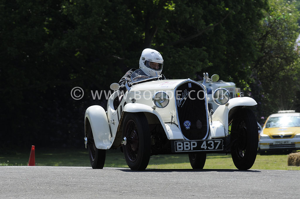 2012-motorsport-at-the-palace-day-2-7441