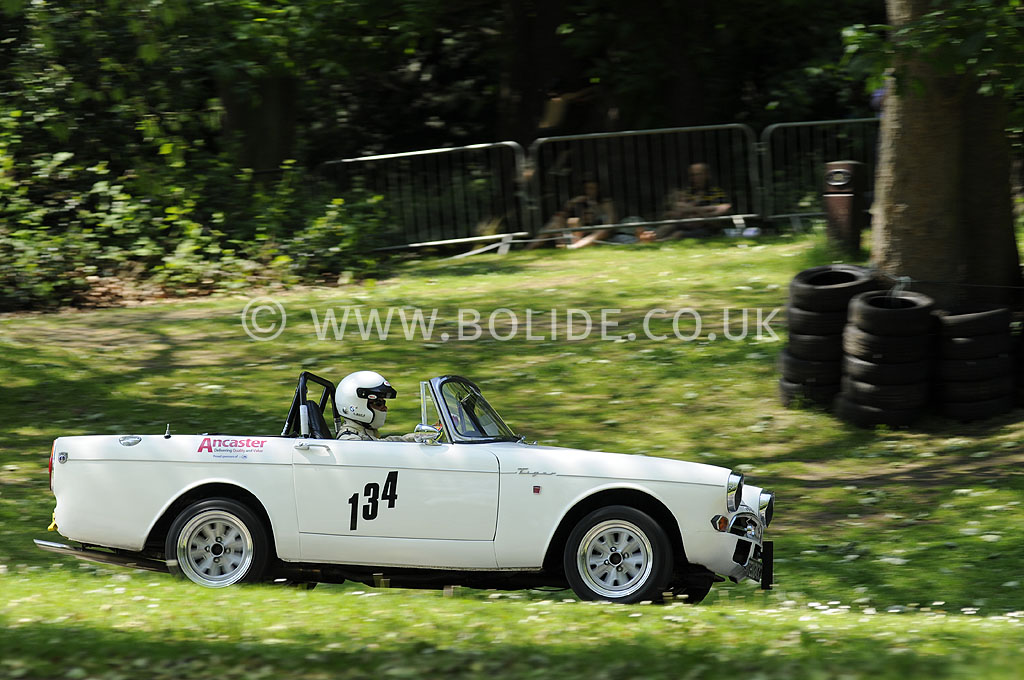 2012-motorsport-at-the-palace-day-2-7464
