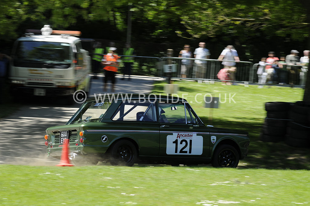 2012-motorsport-at-the-palace-day-1-5991