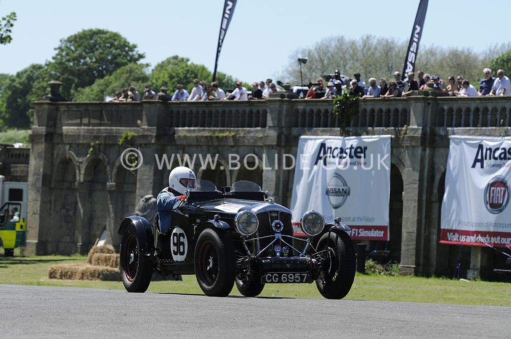 2012-motorsport-at-the-palace-day-1-6073