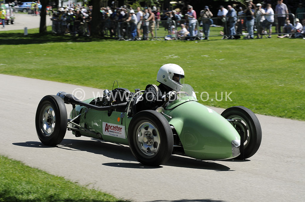 2012-motorsport-at-the-palace-day-1-6324