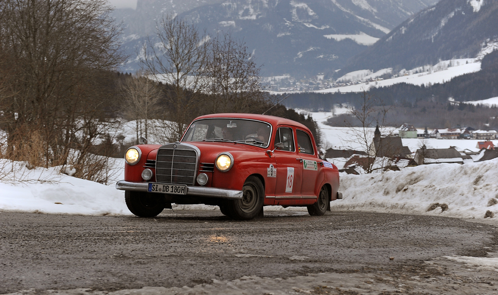 Classic Mercedes saloon on the Winterclassic